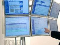 Semnal de alarmă. Deşi economia zburdă, bursa de la Bucureşti scade la minimul ultimelor şase luni