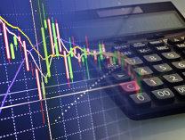 Finanţe personale. De ce scad acţiunile la bursa de la Bucureşti când pieţele externe sunt la maxime