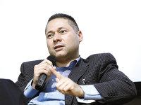 Luptă pentru consolidarea pieţei private de servicii de sănătate. MedLife cumpără reţeaua de clinici şi spitalul Polisano din Sibiu. Mihai Marcu: Polisano ne va întări şi mai mult poziţia de lider naţional