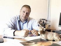 Un producător de lactate din Harghita şi-a listat producţia în lanţul de magazine Tesco din Ungaria