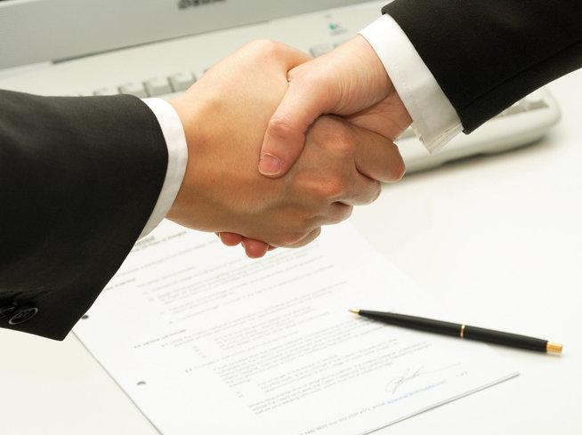 Zece acorduri de peste 100 mil. € s-au semnat anul trecut în România
