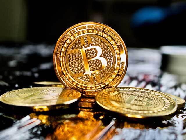 Proiectul care reglementează tranzacțiile suspecte cu criptomonede ar putea trece de Parlament