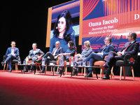 PwC România: Digitalizarea vine peste noi, dar reglementările întârzie