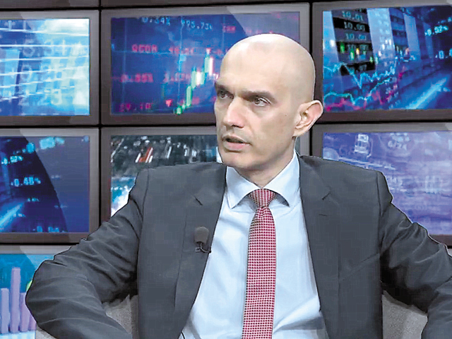 ZF Live. Kalinov, vicepreşedinte Raiffeisen Bank: ROBOR va continua să crească, dar vom vedea creşteri şi la dobânzile la depozite