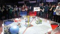 1.200 de elevi români din 90 de licee vin în week-end la cea mai mare competiţie de robotică