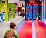 """Doi tineri cu antreprenoriatul """"în sânge"""" au investit 700.000 € într-un loc de joacă de 1.100 mp în centrul comercial Băneasa. Galerie FOTO"""