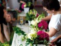 O antreprenoare din Capitală ţinteşte 300.000 de euro din design floral