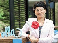 Au creat un atelier cu decoraţiuni florale care le aduce 150.000 de euro