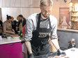 Doi antreprenori au adus în Bucureşti un concept de cursuri de gătit pentru corporatişti şi au organizat deja 120 de evenimente