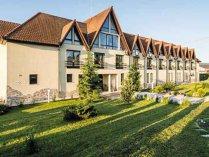 O familie de antreprenori din Hunedoara a investit 1,5 mil. euro într-un conac care a primit 7.500 de turişti