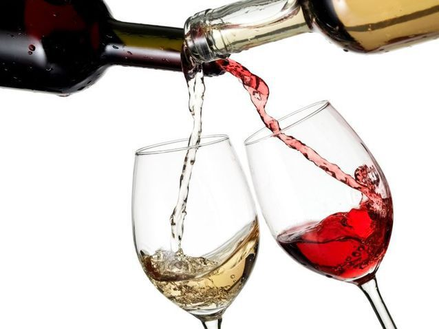Vinul românesc versus multinaţionalele din sucuri: Coca-Cola HBC exportă mai mult decât toţi producătorii de vin