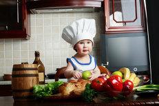 """""""Domnule doctor, copilul meu nu mănâncă bine! E problema lui sau a mea?"""" Cum să îţi ajuţi copilul să mănânce sănătos şi echilibrat"""