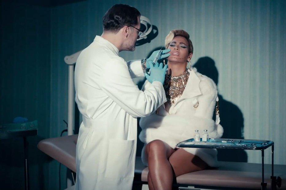 PREŢUL FRUMUSEŢII. Cum arată imaginea perfectă a româncelor şi care e cea mai cerută operaţie estetică la bărbaţi