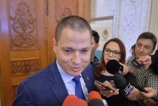 """""""Dacă un german se uită la Discovery şi apoi la ştiri, o să se întrebe care-i România"""". Ministrul Turismului, despre investiţii, evaziune şi vacanţele lui Dragnea în Brazilia"""