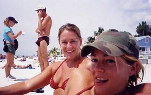 Bilderesultat for swimsuit fail