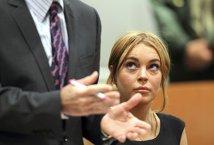 Lindsay Lohan are din nou probleme. De ce o urmăreşte fiscul