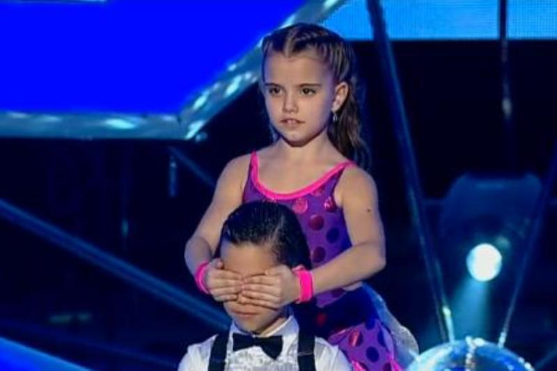 ROMÂNII AU TALENT. MIHAI UNGUREANU şi IONELA ŢARUS, dansatorii de 6 ani care au emoţionat juriul - VIDEO