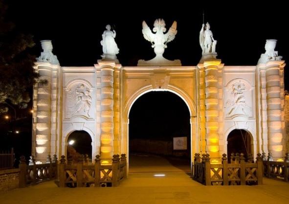 Poarta 1 a Cetății de la Alba Iulia