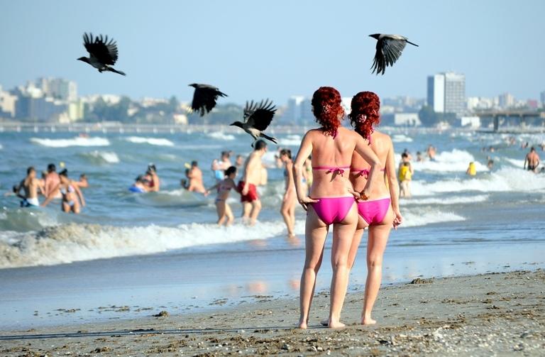 Surpriza neplacuta pentru turisti pe litoralul rom�nesc. Ce a aparut pe o plaja din Eforie Sud