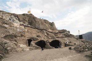 Descoperire IMPRESIONANTĂ a arheologilor turci: unde au găsit temniţa în care a fost încarcerat Vlad Ţepeş