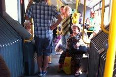 Mica victorie a unei pasagere dintr-un autobuz fără aer condiţionat. Ce s-a întâmplat după dialogul dintre ea şi şofer