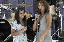 INCREDIBIL! Ce a relevat AUTOPSIA fiicei lui Whitney Houston, decedată la 22 de ani