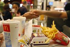 Cât se câştigă cu adevărat la McDonald's România. Mărturii ale angajaţilor