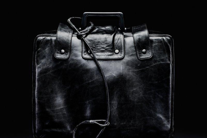 Scopul valizei negre misterioase care însoţeşte preşedintele american oriunde ar merge