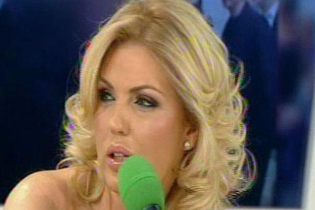 Un fost top-model din România a murit la doar 40 de ani
