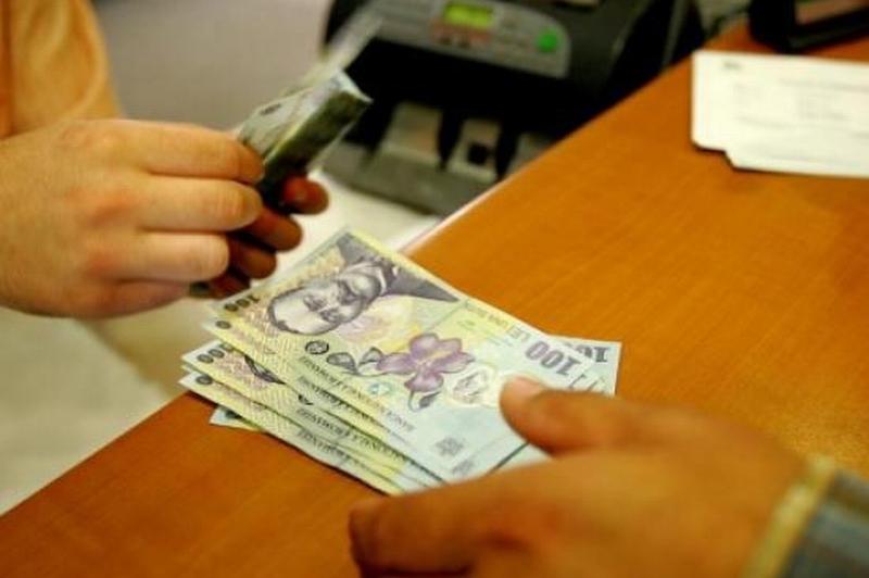 Motivele pentru care românii apelează la un împrumut rapid
