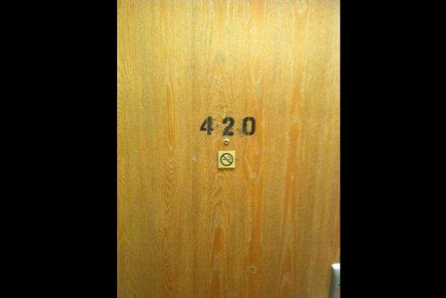 420, numărul interzis în hoteluri. Ce efect are acesta asupra clienţilor