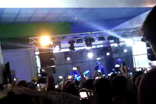 Concertul trupei Carla's Dreams la Piatra Neamţ, oprit după ce mai multe persoane au fost luate cu ambulanţa