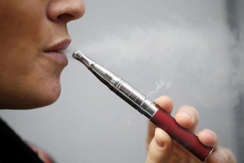 Ce se întâmplă în organism când fumezi ţigară electronică