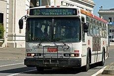 Reţeaua publică de transport din San Francisco, atacată de hackeri. Călătorii au circulat gratis