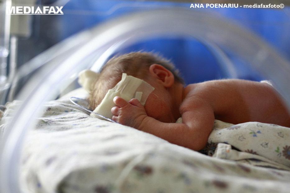 O bunică şi-a dus nepotul înapoi la maternitate şi a cerut doctorilor să-l păstreze. Motivul incredibil pentru acest gest