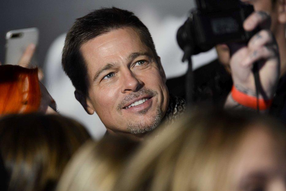 Cine este noua iubită a lui Brad Pitt. Cei doi s-au mutat deja împreună