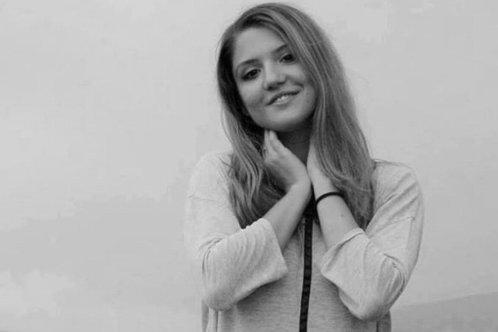 Tânăra pentru care se organiza campania ''Alături de Teo'' s-a stins din viaţă
