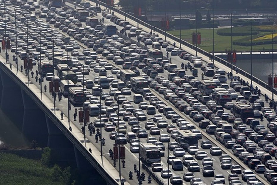 Cât face în medie un chinez până la muncă şi înapoi dacă locuieşte în afara Beijingului