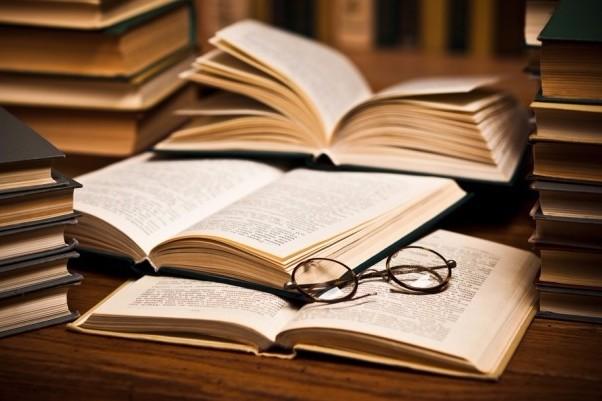 Ce cărţi trebuie neapărat să citeşti. Recomandarile profesorilor de la Harvard