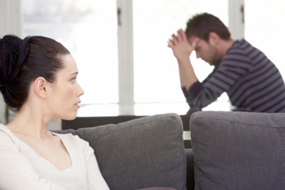 """""""Niciodată nu s-a mai întâmplat"""". Dacă partenerul îţi spune asta, nu înseamnă că te-a înşelat, ci că are o problemă gravă"""