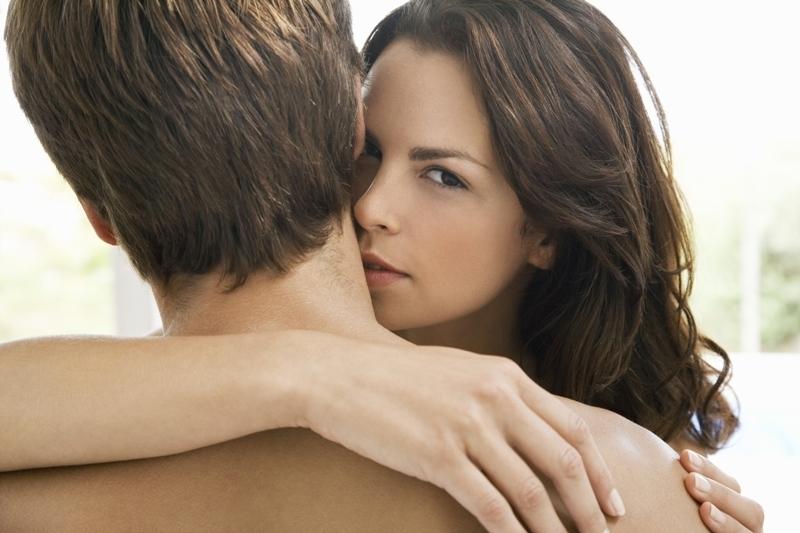 Ce trebuie să facă o femeie pentru a seduce un bărbat