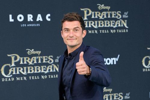 Gest neaşteptat al actorului Orlando Bloom, după ce a aflat că o româncă a fost dată concediataă din cauza lui