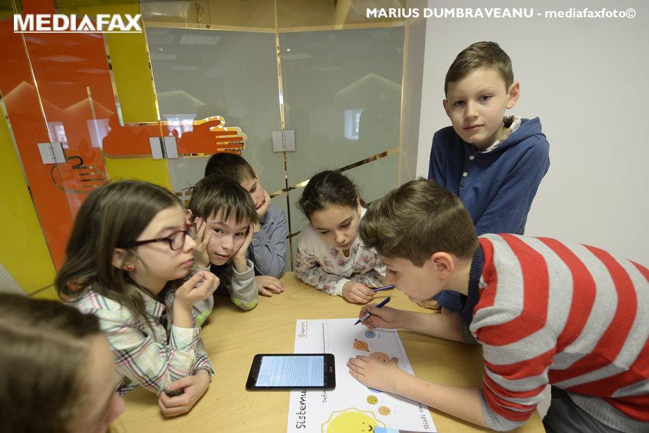 Abilitatea pe care o au copiii care cunosc o limbă străină. Este un avantaj din punctul de vedere al percepţiei