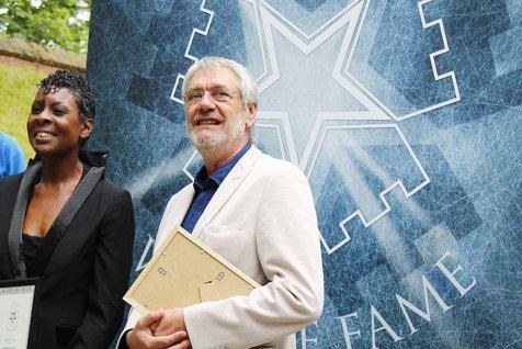 Cel mai bine cotat actor român la Hollywood, Marcel Iureş, a primit o stea pe Aleea Celebrităţilor