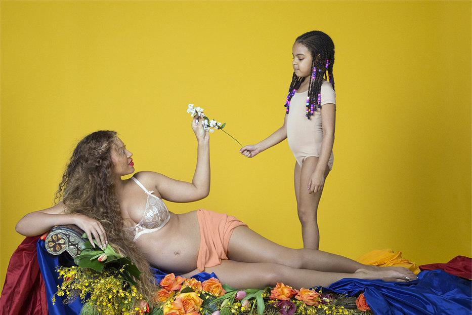 """Beyonce ar fi dat naştere gemenilor cuplului """"Bey-Jay"""
