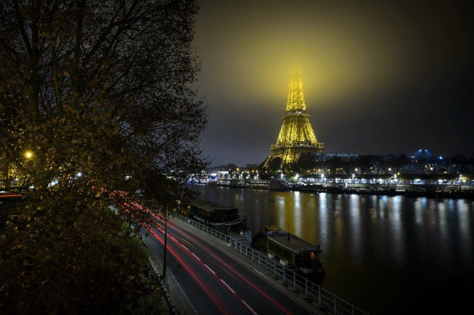 Unde mergi în vacanţă cu 500 de euro: Paris, Londra sau Năvodari