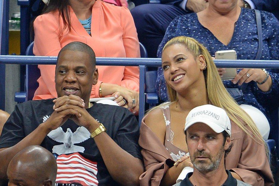 Prima fotografie cu gemenii lui Beyonce şi Jay Z. Plus: numele speciale pe care le-au ales pentru bebeluşi