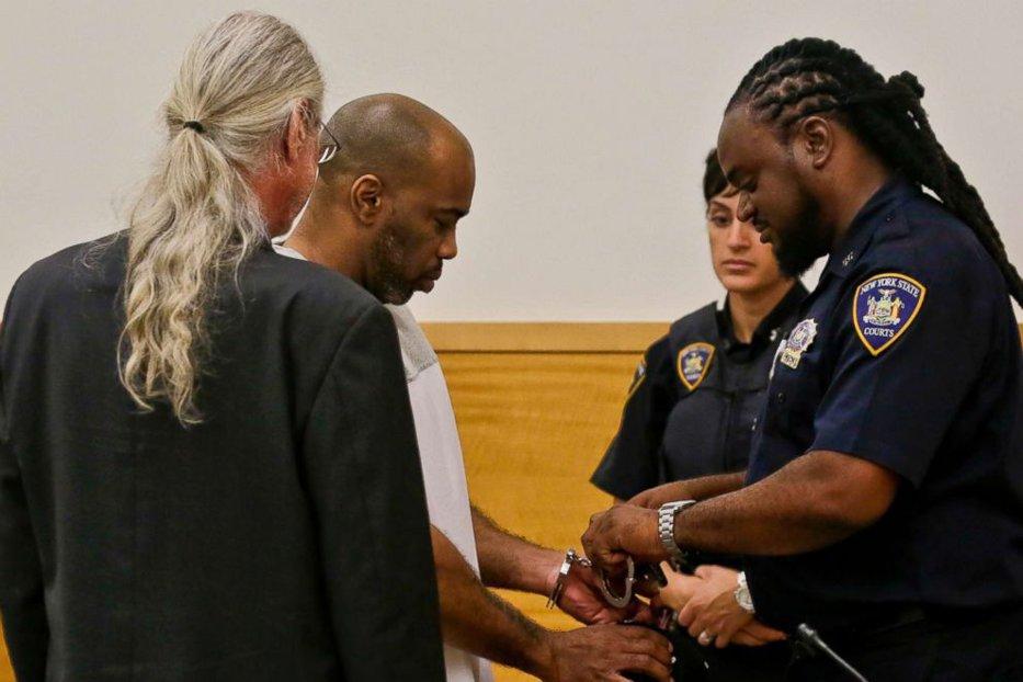 """A stat 20 de ani în închisoare pentru o crimă pe care nu o comisese. Cum a reuşit un detectiv să îi transforme viaţa în coşmar: """"A fost greu, dar mi-am păstrat credinţa"""""""