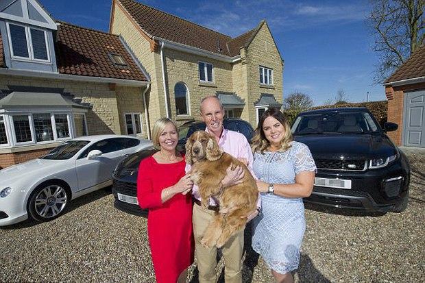 Prinţ şi cerşetor, varianta modernă: cum a reacţionat o familie de milionari când s-a mutat în casa unor oameni săraci