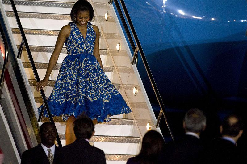 Michelle Obama, îmbrăcată ca Beyonce de ziua cântăreţei. Fotografia care face senzaţie pe internet